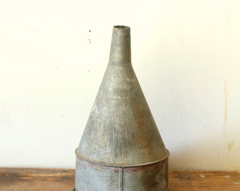 Rustic Primitive Funnel Galvanized Metal Offset Funnel with Screen Industrial Farm Pendant Lighting Supply