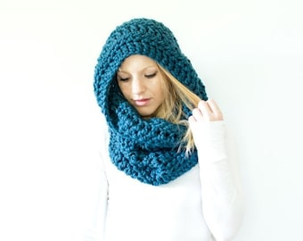 WINTER SALE the CHEROKEE cowl - chunky cowl scarf hood circle scarf - denim - slightly ribbed