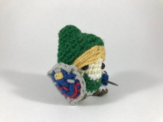 "Link from The Legend of Zelda Amigurumi Kawaii Keychain Miniature Doll ""Pod People"""