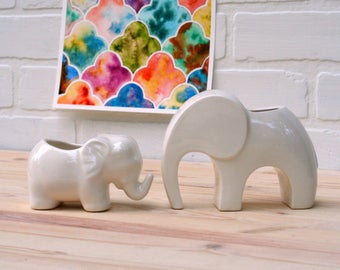 Elephant Planter- Air Plant Holder. Ceramic elephant, perfect for air plant or little succulent! Handmade in Colorado