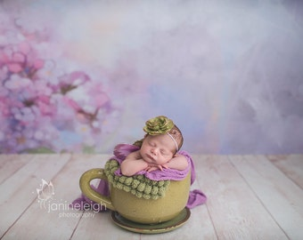5ft x 5ft + Photography Backdrop - Violet Rays, Floral Backdrop, Flower Background, Purple Backdrop