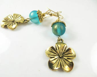 Clearance - Bright gold flower earrings