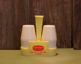 Table Caddy Salt and Pepper Shakers Toothpick Holder Mid Century Housewares Vintage 1960s 60s (C)