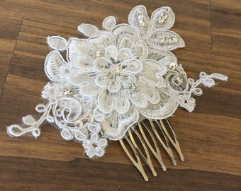 Lace Comb/Hair Comb/ Ivory Comb/ Bridal Hair Comb/Wedding Headpiece/Hair Accessories/Bridal Hairpiece