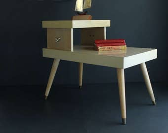 Vintage Mid Century Light Wood End Table Two Tier With Tapered Legs Blond Wood and Formica Wood Grain