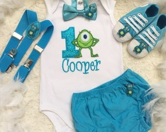 3-pcs Monster inc Mike Birthday boys outfit-Include personalised Top,bottom and bow tie