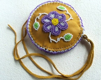 Ojibway Woodland Beaded Coin Purse - Authentic Native American