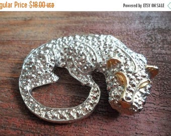 ON SALE Vintage Jaguar Brooch Textured Silver With Gold Detail, Bridal Brooch Bouquet, Special Occassion, Pin, Cat, Collectible Jewelry