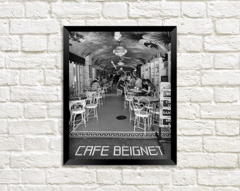 Cafe Beignet - New Orleans French Quarter photography print