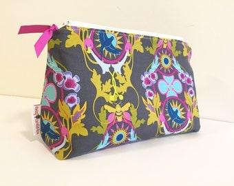 Cosmetic Bag, Makeup Bag, Makeup Tote, Tolietry Bag, Tote, Bridesmade Gift, Makeup Pouch
