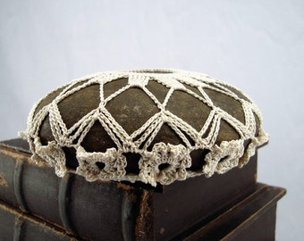 Crochet Covered Stone. Ivory Cotton Flower, Collectible Fiber Art Beach Stone, One of a Kind Unique Gift for Home or Office, Handmade,