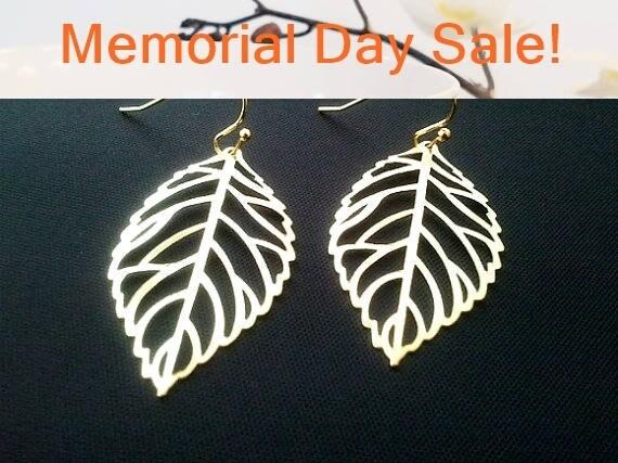 Autumn Leaves Gold Earrings -Best Friends Gift,Drop, Dangle, Earrings,bridesmaid gifts,Wedding jewelry