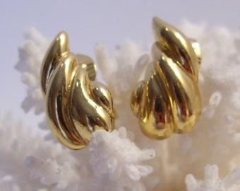 Trifari Small Gold Tone Clip Earrings