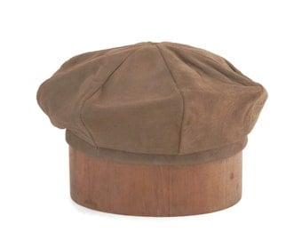 Tan Suede Leather Beret Bright Green Lining by Peck & Peck of Fifth Avenue NYC