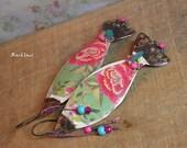 Bohemian earrings-pop fish earrings-exo-vintage look-Asian style-rustic look-flowery pattern-japanese influence-coral-pink-pale green