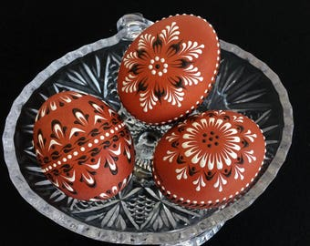 Traditional Polish Easter Eggs, Set of 3 Decorated Brown Chicken Eggs, Polish Drop Pull Pysanky, Wax Embossed Eggs