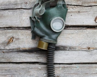 Kids gas mask Gas mask Green mask Soviet gas mask Russian gas mask Child gas mask Steampunk mask Spooky mask Scary mask Gas mask with hose