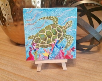 Sea Turtle mini Painting with wooden easel, Sea Turtle with palette paper coral. Free Shipping, gift wrap available