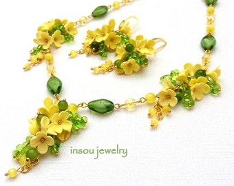 Yellow Jewelry, Flower Necklace, Yellow Flower Earrings, Yellow Green, Spring Jewelry, Statement Necklace, Lemon Yellow, Wedding Jewelry