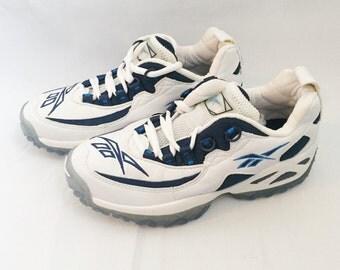 Women's Reebok Sneakers Mantra Size 6 Deadstock