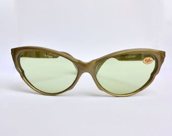 Vintage rare cat eye butterfly suglasses original Solflex made in Italy