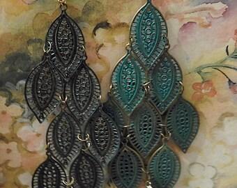 Vintage Jewelry Green Leaf Dangle Earrings