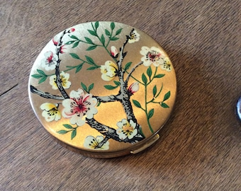 Melissa Compact Mirror 1950's - Gold Floral Compact - Vintage Pocket Powder Mirror - Bridesmaid Gifts - 1950s Fashion Accessories