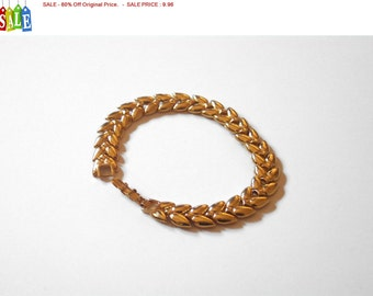 SALE - 60% Off Original Price.   Vintage Monet Goldtone Link Bracelet