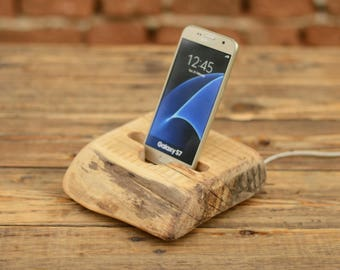 Wooden stand for Samsung, Wood iPhone dock, iPhone 6 Plus stand, Samsung Galaxy S7 holder, Wooden phone holder, Mens gift, Docking station