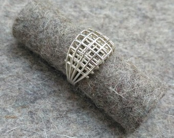 Silver ring 'Wired'