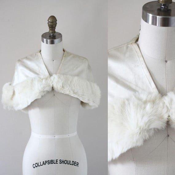 1940s white satin capelet // 1940s bridal capelet // vintage fur cape
