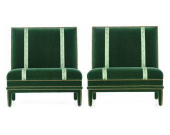 Pair of Hollywood Regency Brass Studded Velvet Slipper Chairs, 20th Century, 611QWB03A