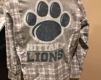 Penn State Nittany Lion Upcycled Mens Grey Flannel Shirt Medium