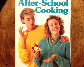 After school cooking // 1970's // simple cooking for teens // young chef