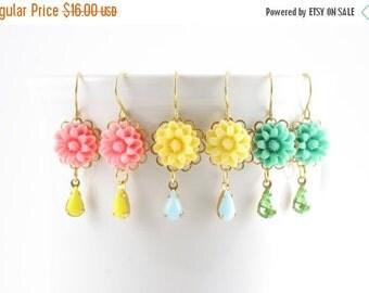 20% OFF Sale Mum/Dahlia Flower Earrings, Flower Drop Earrings, Retro Flower Earrings, Spring Pastel Flower, Pink, Yellow, Green