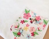 Minnie in Hawaii Tee Pocket
