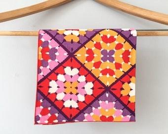 Set of Ten (10) Vintage Napkins / Faux Crochet Granny Square Napkins / Red Pink Purple Gold Orange / Vintage Table Linens