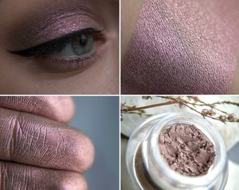Eyeshadow: Careful Beholding - Mountain Thorp. Pinkish-purple satin eyeshadow by SIGIL inspired.