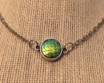 "16"" Green Mermaid Pendant Necklace"