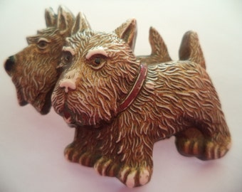 Vintage Fabulous Double Plastic Scottie Dogs Brooch/Pin