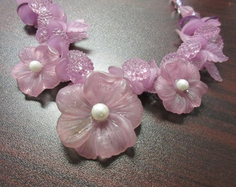 Lucite Faux Pearl Flower Necklace