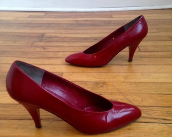 1980s Red Heels, Size 10N