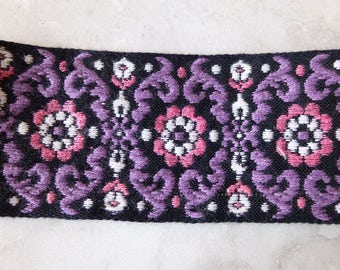 Flower Trim with Purple Accents