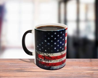 11 oz Black/White Ceramic Color Changing Coffee Mug, Grunge Flag