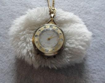 Vintage Norman De Luxe Antimagnetic Wind Up Necklace Pendant Watch