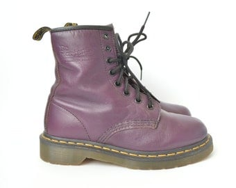 Dr Martens purple leather 1460 boots // UK 3
