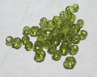 Retro Salvaged Peridot Colored Acrylic Faceted Beads