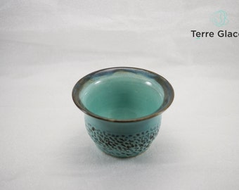 Medium ceramic bowl, pottery, stoneware clay, serving bowl, textured handmade, turquoise enamel, deep blue, ocean treasure, rustic effect