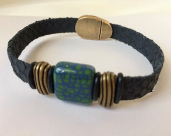 Unisex Snake Leather Bracelet Real Python Skin Bracelet Blue Green Ceramic Magnetic Clasp Antique Bronze Color Sliders Jewelry Accessories
