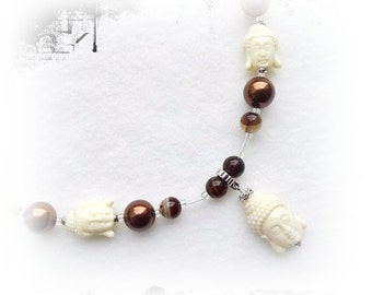 Chain with Buddhas, cream Brown